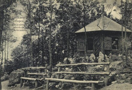 BILD F - Blockhütte